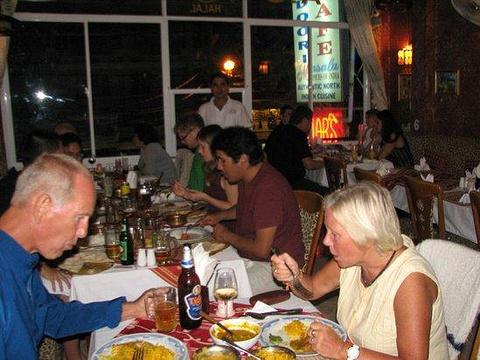 Omar's Tandoori Cafe旅游景点图片