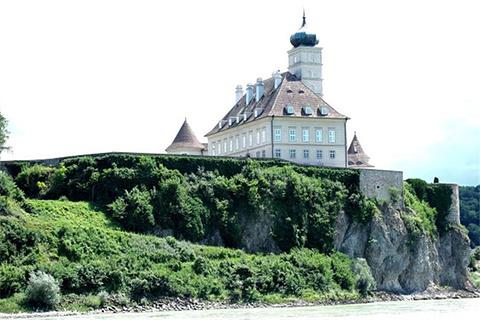 熊皮尔城堡