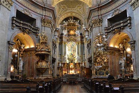 维也纳圣彼得教堂