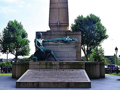 宪法广场旅游景点图片