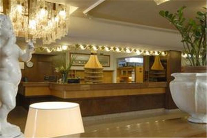 佛罗伦萨叠塔酒店