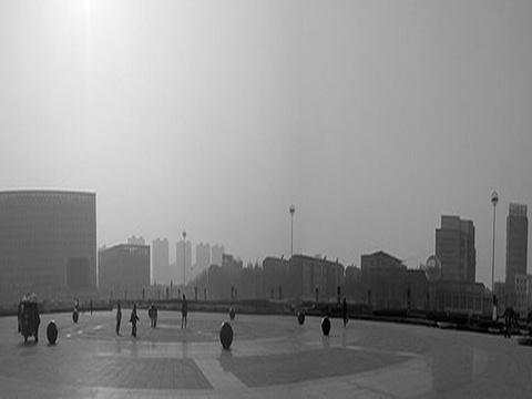 胜利广场旅游景点图片