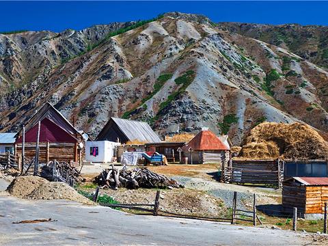 齐巴尔希力克村旅游景点图片