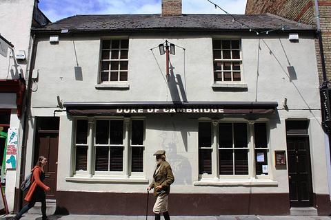 剑桥公爵酒吧的图片