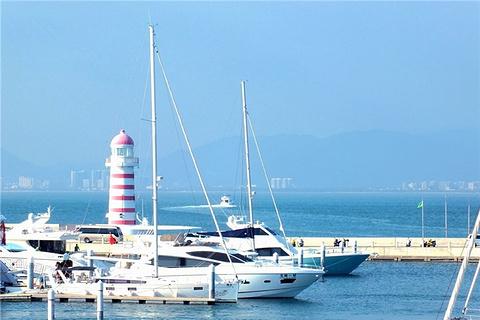 半山半岛帆船港