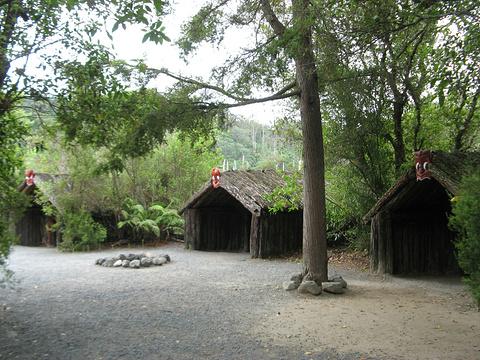 法卡雷瓦雷瓦毛利人村