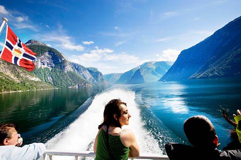 卑尔根峡湾巡航之旅