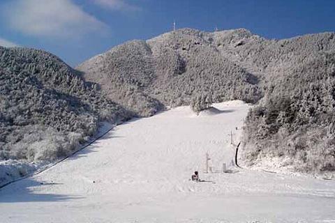 庙子沟滑雪场