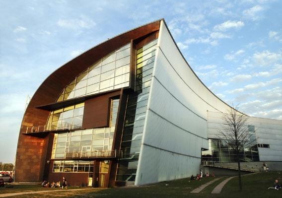基阿斯玛现代艺术博物馆
