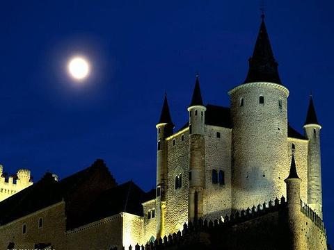 塞哥维亚城堡旅游景点图片