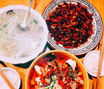 盛天毛血旺(解放碑国泰店)的图片