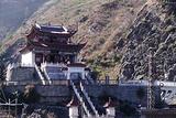 天生桥江风寺