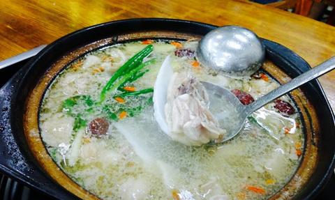 金岷坊椰子鸡餐厅(南国河西路店)的图片