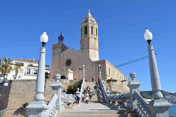 锡切斯教堂旅游图片