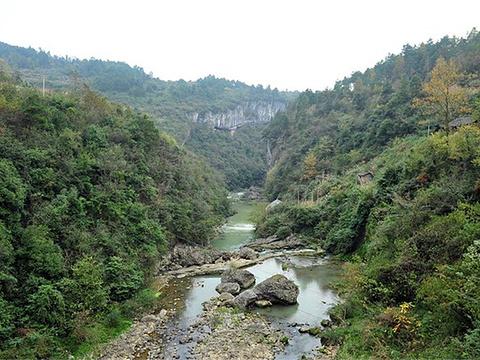 银盏穿洞河景区旅游景点图片