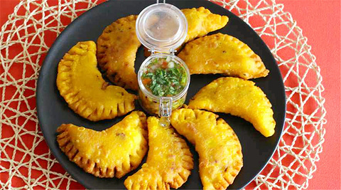 炸饺子 Empanadas