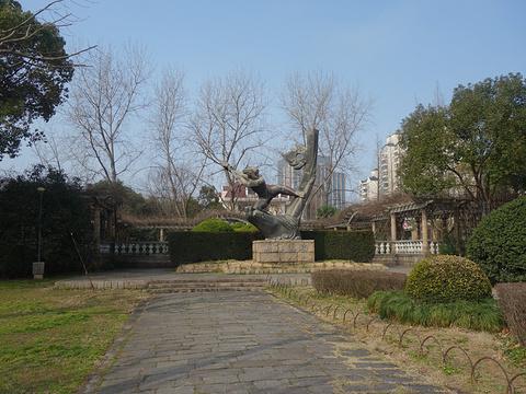 大宁灵石公园旅游景点图片