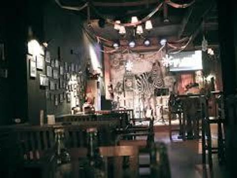 斑马酒吧旅游景点图片