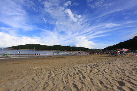 松兰山海滨浴场的图片