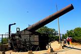旗顶山炮台