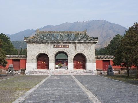 陵门旅游景点图片
