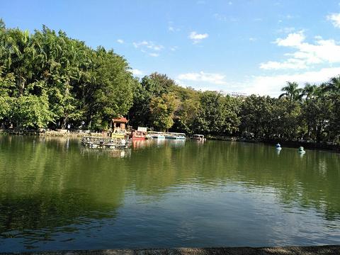 孔雀湖旅游景点图片