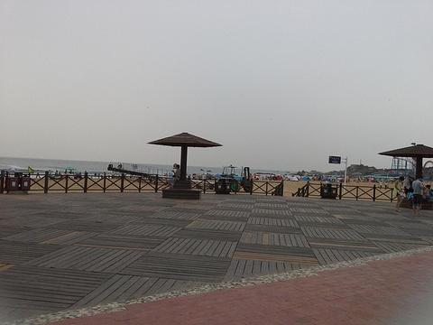 半圆广场旅游景点图片