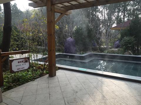 平山温泉旅游景点图片