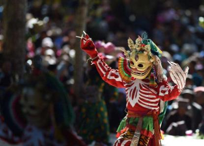 扎什伦布寺跳神节