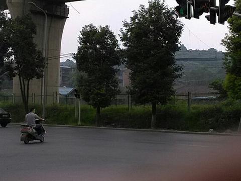 西山子云亭风景区旅游景点图片