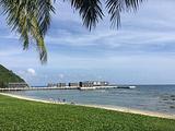 半山半岛度假酒店私家沙滩