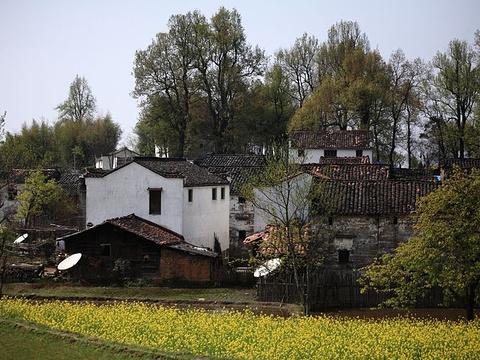 阆山村旅游景点图片