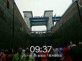 三峡垂直升船机