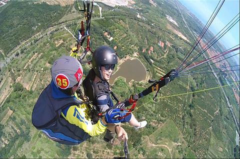 海风滑翔基地滑翔伞体验