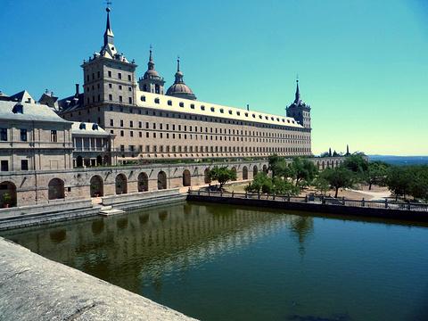埃斯科里亚尔修道院旅游景点图片