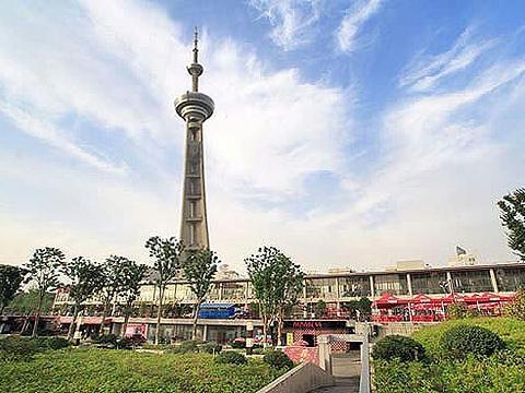 江苏南京广播电视塔旅游景点图片