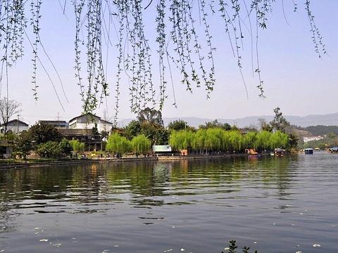 莲花湖旅游景点图片