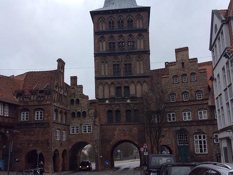 吕贝克城门与修道院旅游景点图片