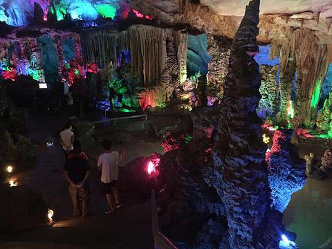 黄岩洞景区的图片