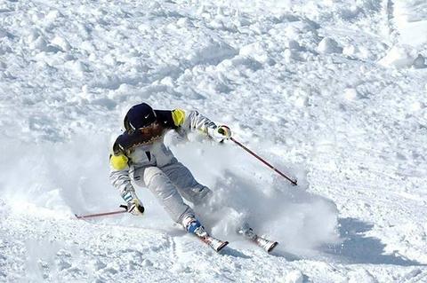 运河湾生态滑雪场