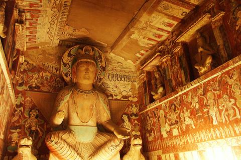 敦煌石窟艺术保护研究陈列中心的图片