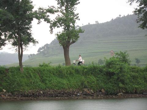 朝鲜内江游船