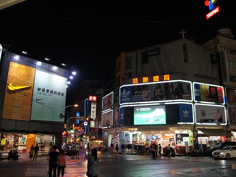 台中中华路夜市旅游景点图片