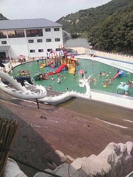 祥龙谷水上乐园