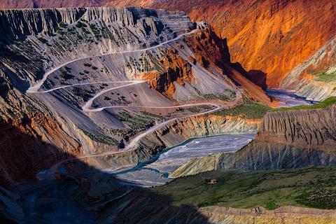 奎屯河大峡谷的图片