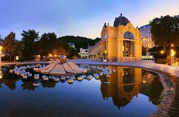 玛丽亚温泉市旅游景点图片