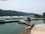 千岛湖巨网捕鱼