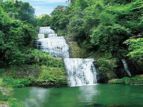 七叠飞瀑旅游景点图片