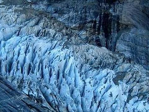 上冰川旅游景点图片