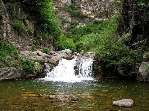 药水泉峡谷旅游景点图片